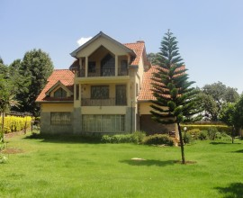 RUNDA 4BEDROOM MASIONETTE
